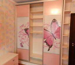 Шкаф-купе В детской Бабочки от Green мебель