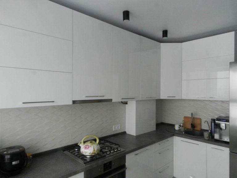Кухня Фасад белый акрил