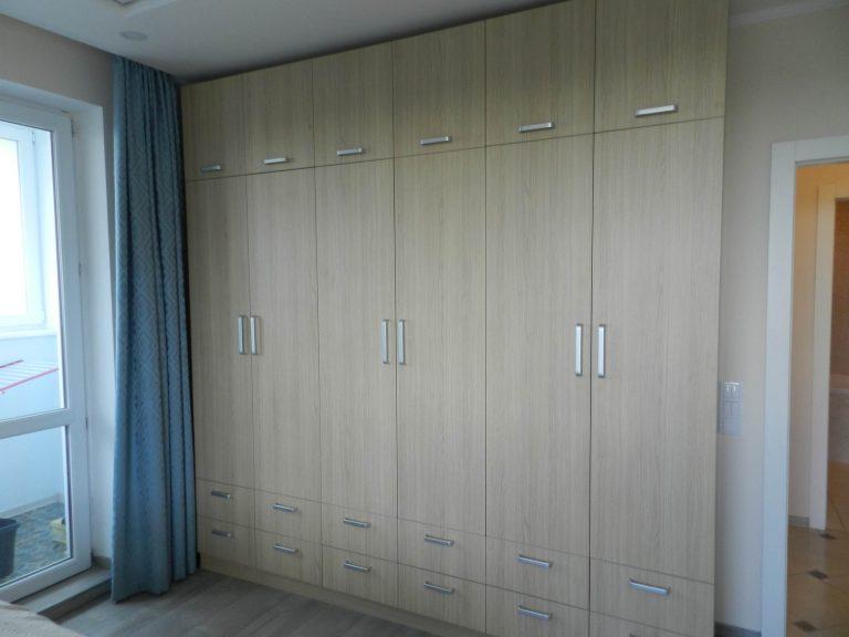 Шкафы в спальне Винченца