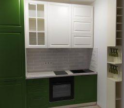 Кухня крашенная МДФ Зелёная и Кремовая