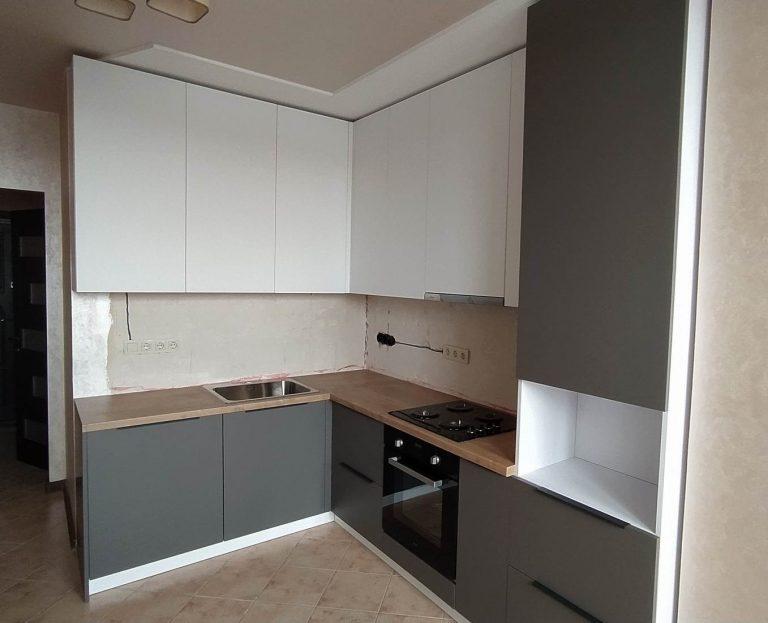 Акриловая кухня Серый и Белый
